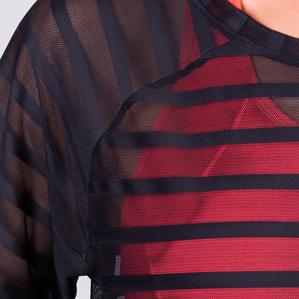 Athleisure Mesh Stripe Fashion T-Shirt for Women in Black | Gym Aesthetics