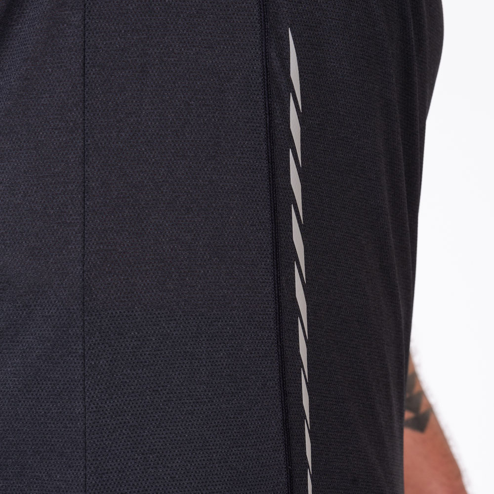 Essential Light Weight Loose-Fit T-Shirt for Men in Black | Gym Aesthetics