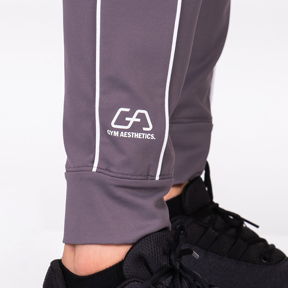 Functional Tracksuit Jogger pants for Men in Charcoal | Gym Aesthetics